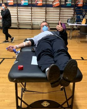 A man gives blood