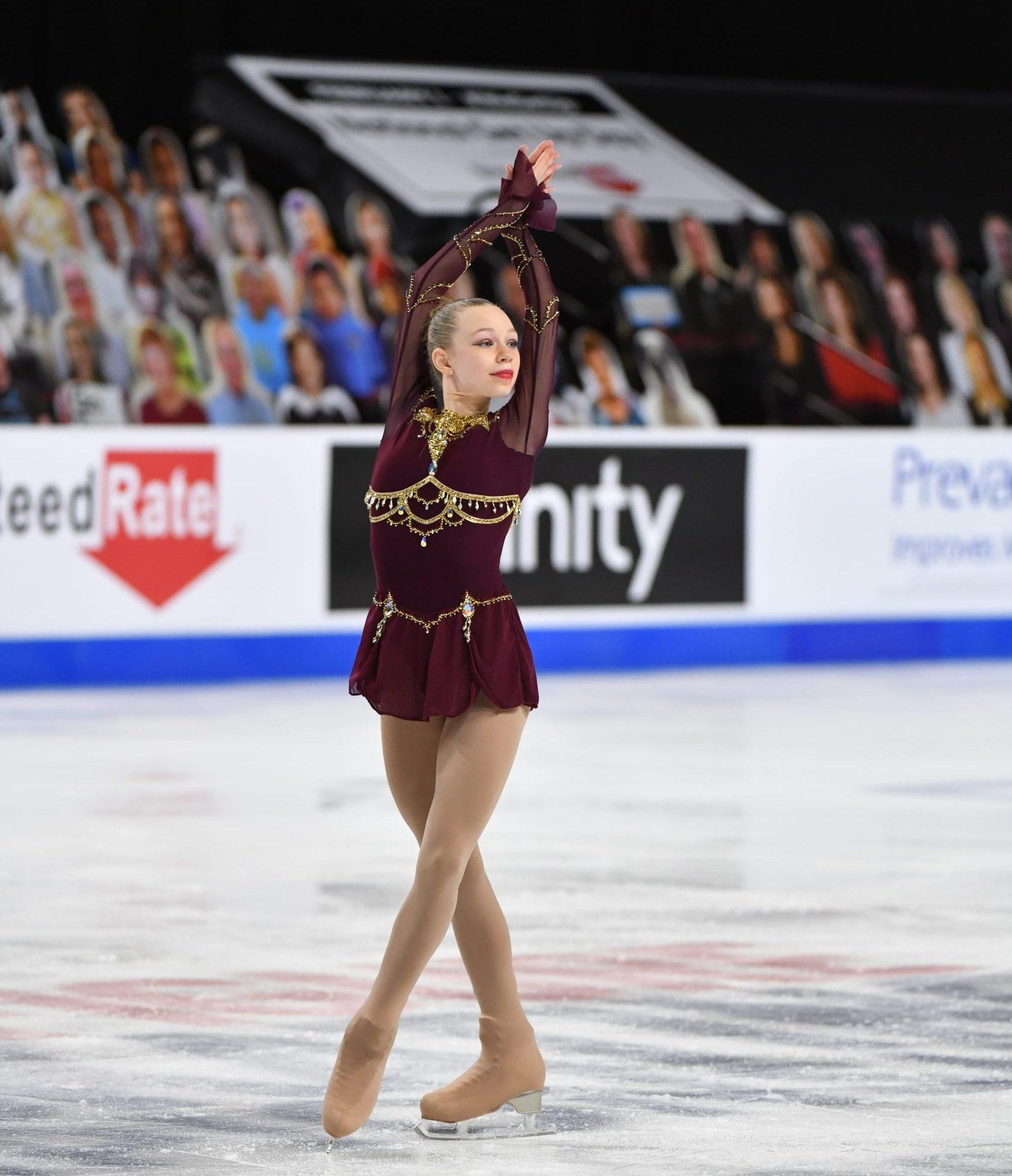 Lindsay Thorngren skates